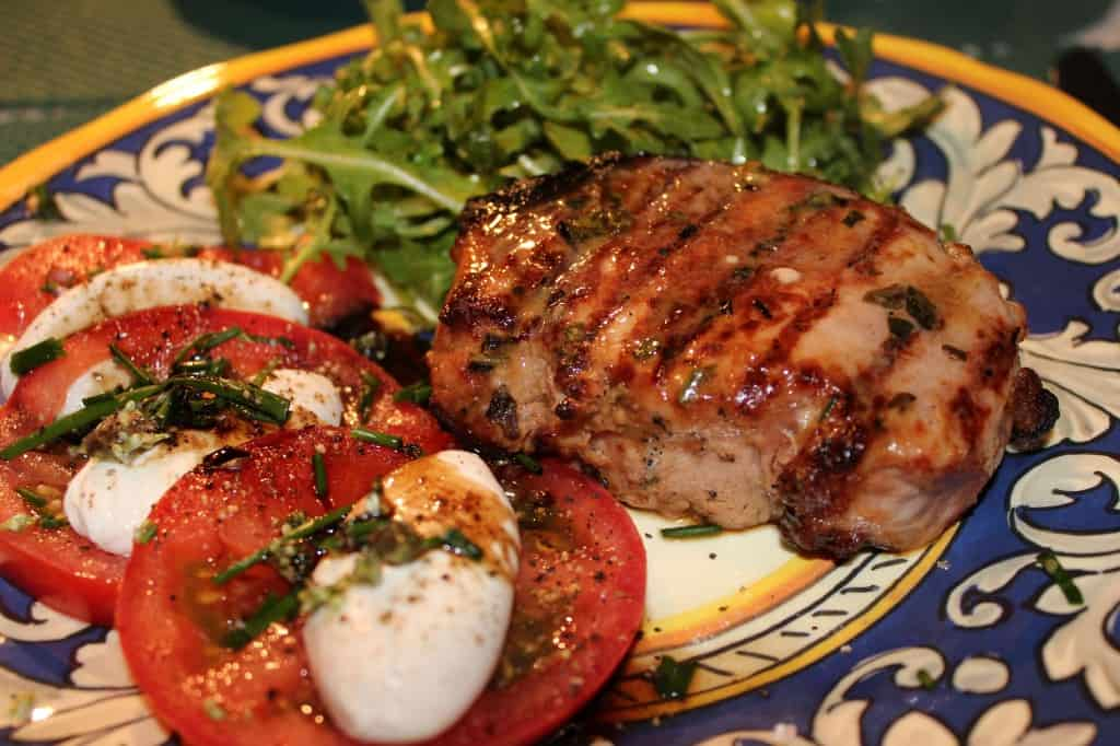 Dijon_pork_chops_with_arugula-1024x682