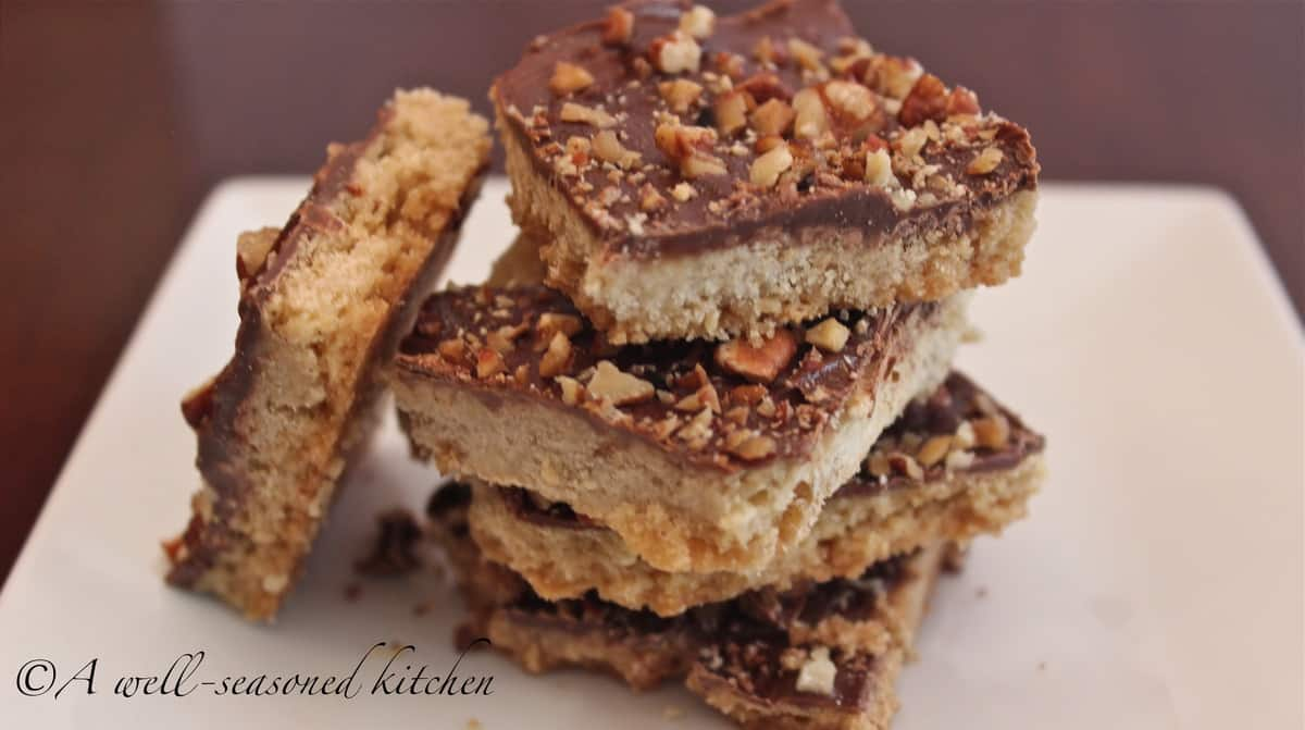 Chocolate Pecan Toffee Bars - A Well Seasoned Kitchen