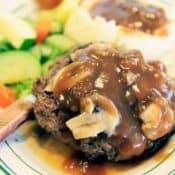 Salisbury-Steak-seasonedkitchen.com