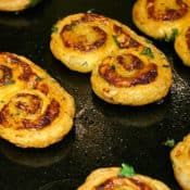 palmiers-aux-fromages-recipe