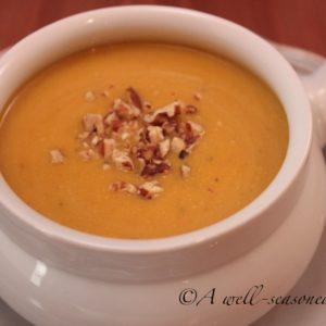 Butternut-Squash-Soup-recipe-www.seasonedkitchen.com