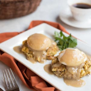 Leftover-stuffing-eggs-benedict-recipe